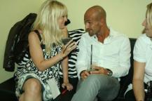 Anna Dobler mit Model-Juror Peyman Amin