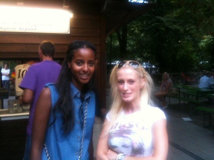 Top-Model Sara Nuru und Anna Dobler