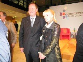 Anna Dobler und SPD-Kanzlerkandidat Peer Steinbrück